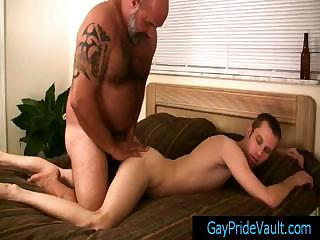 Gay dude getting his anus fingered away from bear By Gaypridevault