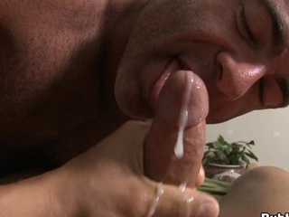 Truly seductive mate cums in mouth of his closest boyfriend with a broad in the beam gravamen of cum